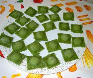Ravioli verdi di patate ed erba cipollina